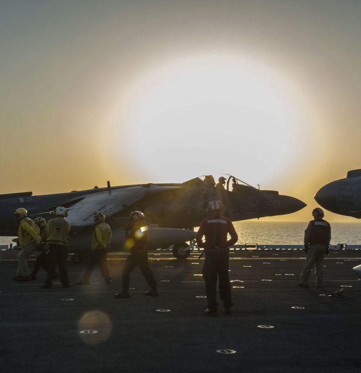 Coalición intensifica bombardeos contra de ISIS cerca de Turquía
