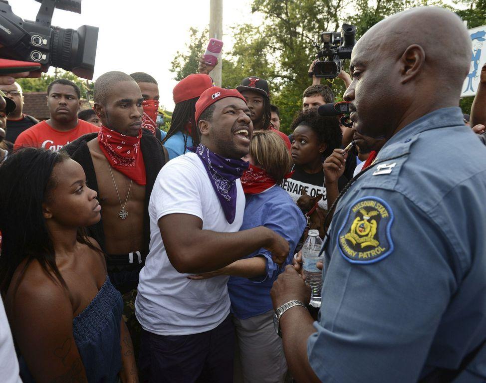 Nuevos incidentes de violencia en Ferguson