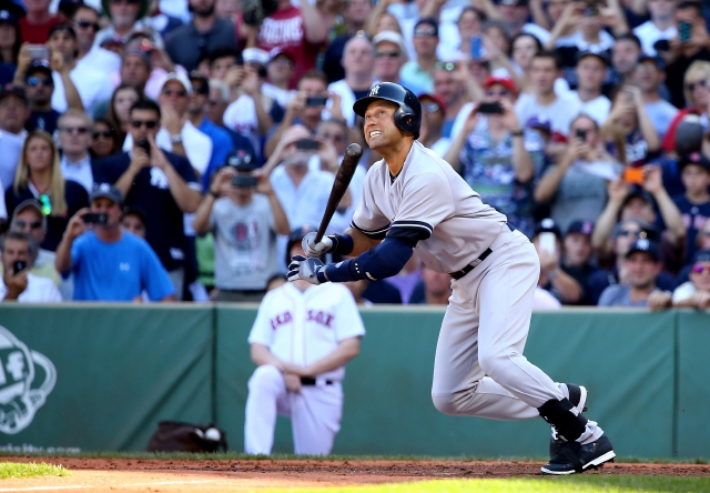 Jeter se va del béisbol con estilo