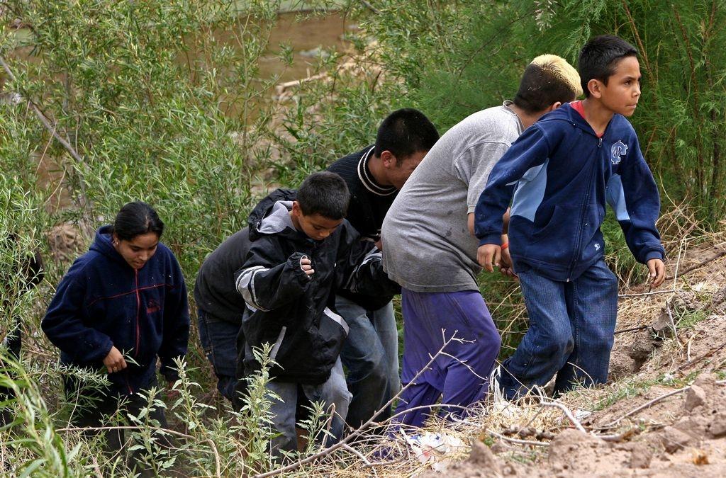 Crisis fronteriza aumentó un 77% la llegada de niños solos a EEUU