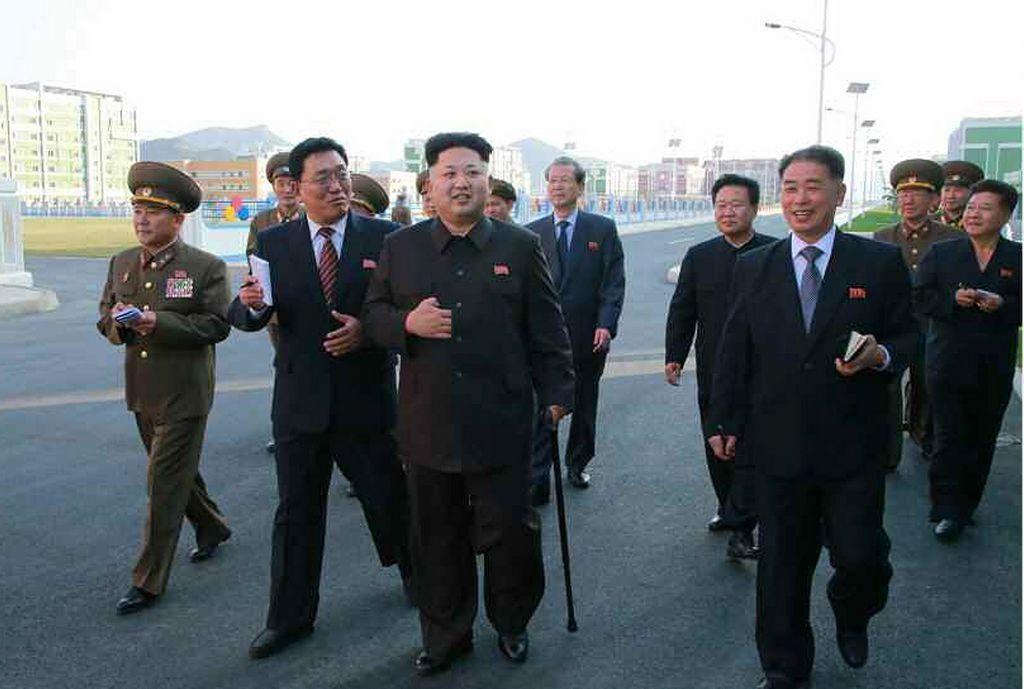 Kim Jong-un reaparece tras 40 días de ausencia