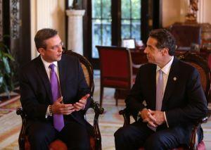 Gobernador Cuomo corteja el voto latino