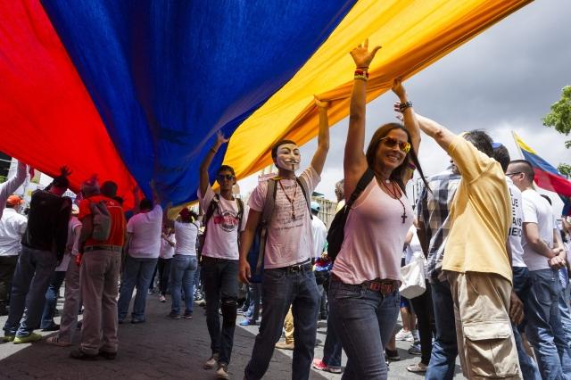 Iglesia venezolana pide diálogo al gobierno y la oposición