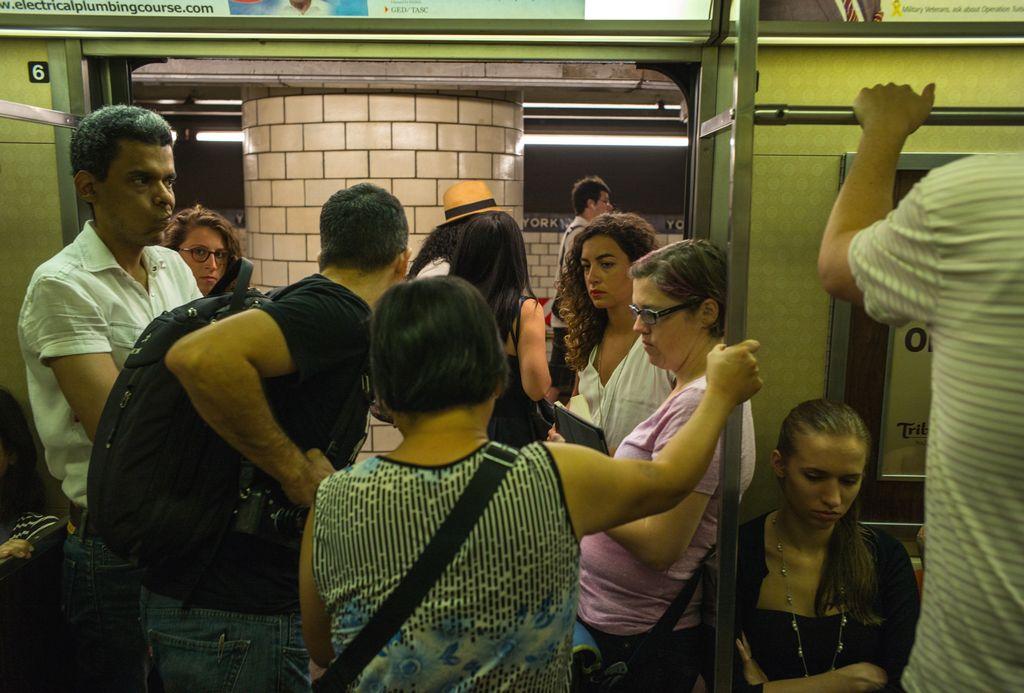 Riesgos de contagio con ébola en el subway son muy remotos