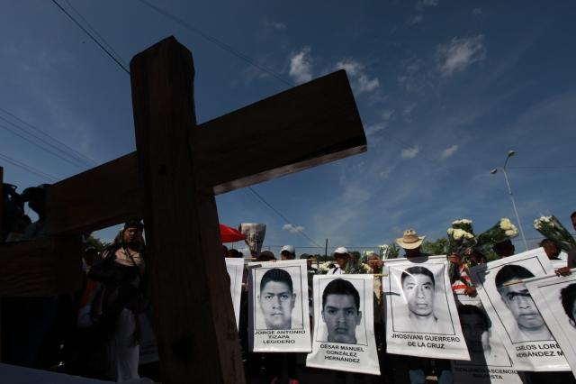 Detienen a 4 por desaparición de estudiantes en Ayotzinapa