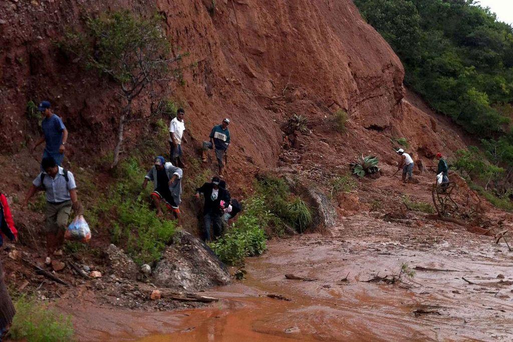 Alud en Sri Lanka deja cientos de sepultados