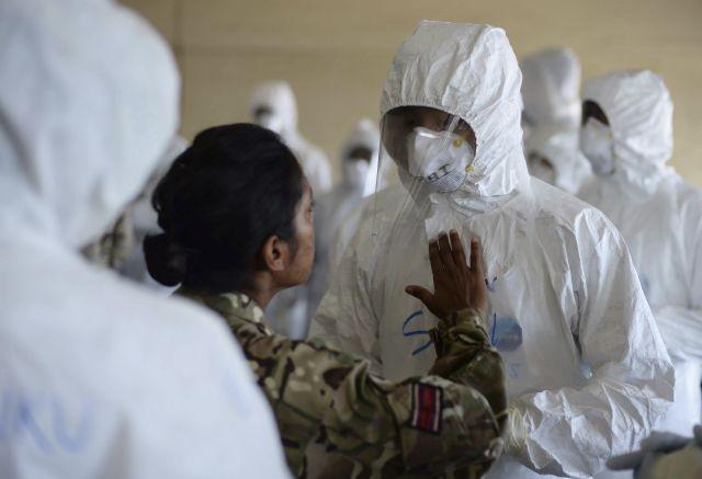 Alista Cruz Roja voluntarios que partirán mañana a África