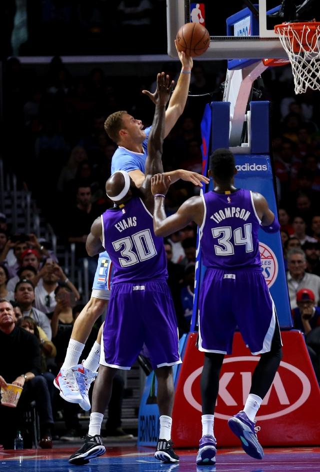 Clippers caen ante los Kings