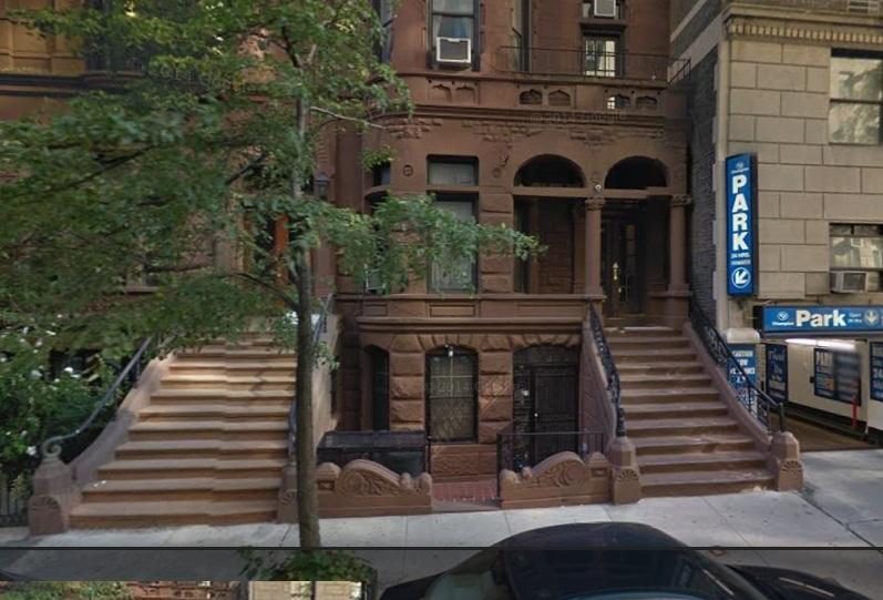 La mujer vivía y trabajaba limpiando en el edificio 7 Oeste de la calle 82.