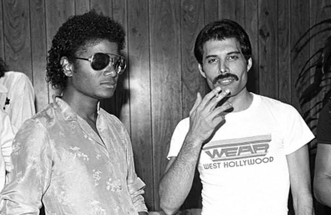 El chimpancé de Michael Jackson arruinó su dueto con Freddie Mercury