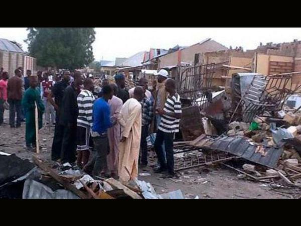 Al menos 48 muertos deja atentado en escuela de Nigeria