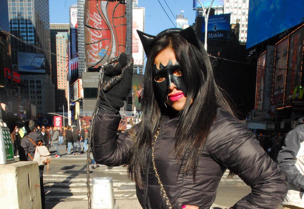 Discutirán en audiencia licencias para muñecos de Times Square