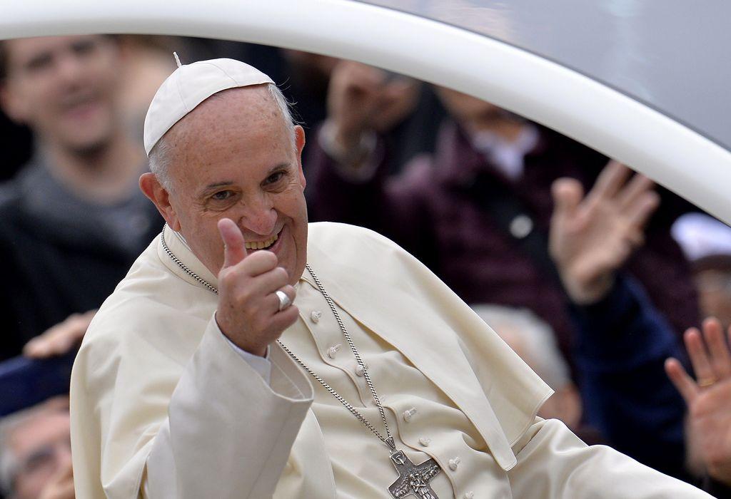 Fuente vaticana ve posible visita del Papa a NYC en 2015