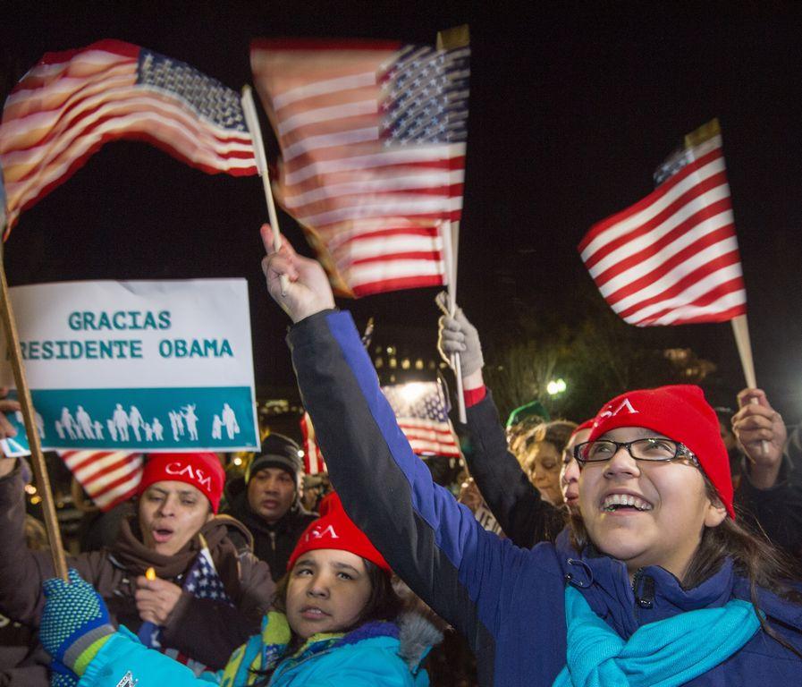 Inmigrantes en varias partes del país celebraron el anuncio del Presidente.