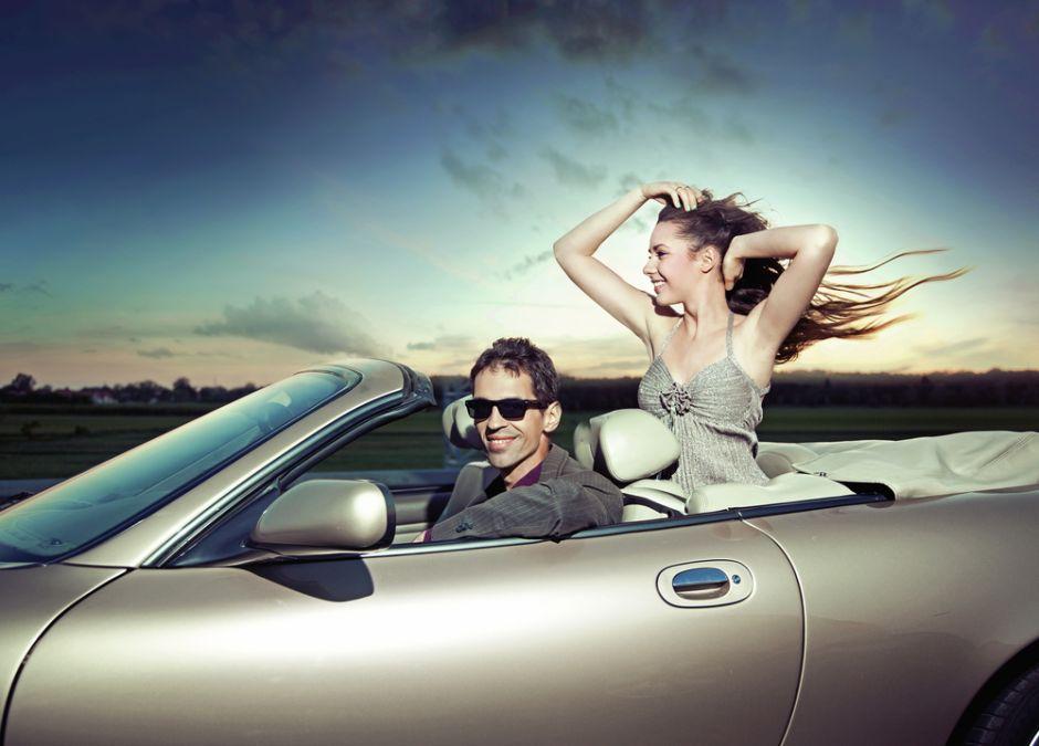 ¿Qué autos prefieren los hombres y cuáles atraen a las mujeres?