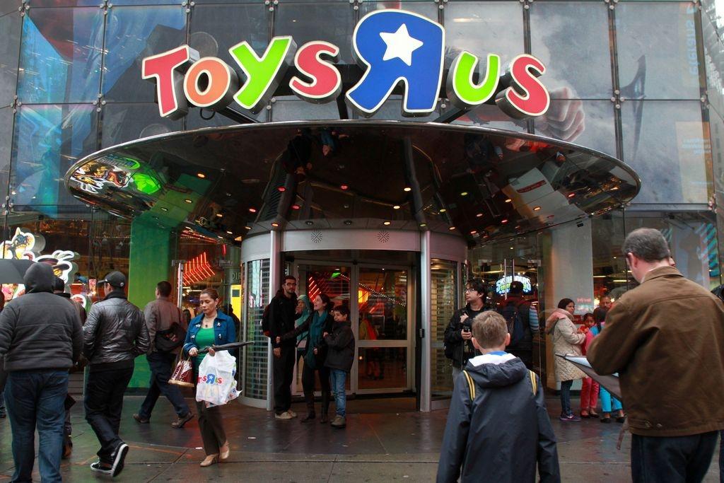 Advierten sobre juguetes peligrosos en la época navideña