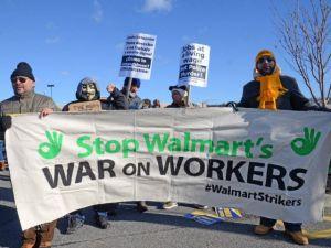 Protestan frente a Wal-Mart para exigir salarios dignos