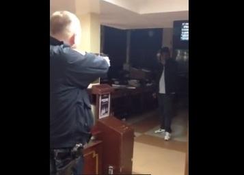 Policía dispara a sospechoso que acuchilló un judío en Brooklyn (video)