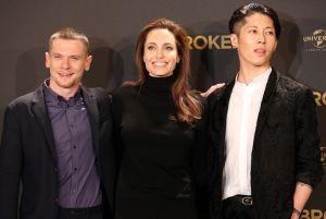 """Piden prohibir la película de Angelina Jolie  """"Unbroken"""" en Japón"""