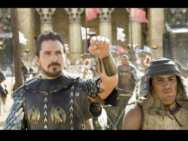 Christian Bale es ahora el primer gran superhéroe: Moisés