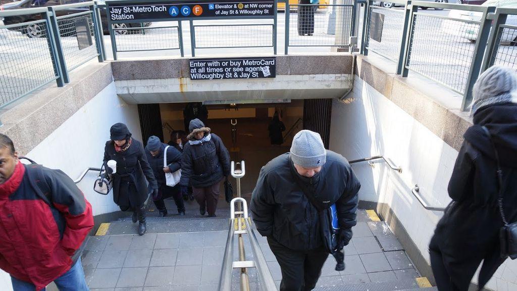 Frío extremo afecta traslados en el metro de NYC