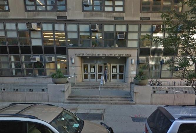 Más universidades de NY son investigadas por violencia sexual