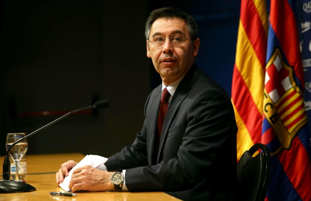 Barcelona, sin respuestas,  se encomienda a la pelota