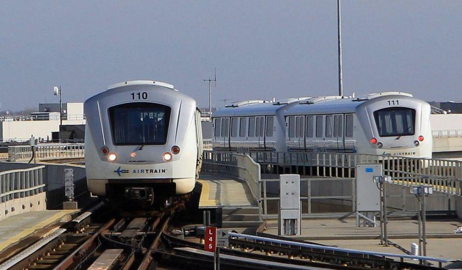 Cuomo firma orden para línea AirTrain del aeropuerto LaGuardia al Metro