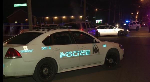 Policía mata a un sospechoso en St. Louis