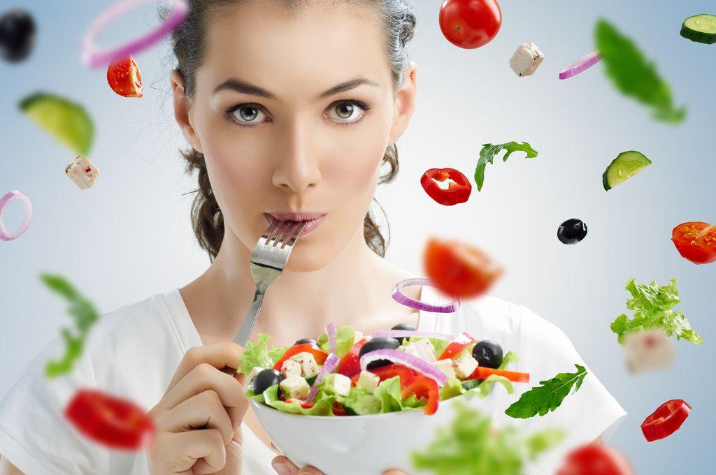 La buena o mala salud se edifica con una buena o mala alimentación.