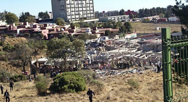 Explota camión de gas en hospital infantil de la Ciudad de México