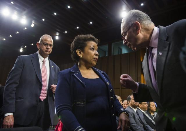 Lynch  consigue  apoyo de opositores