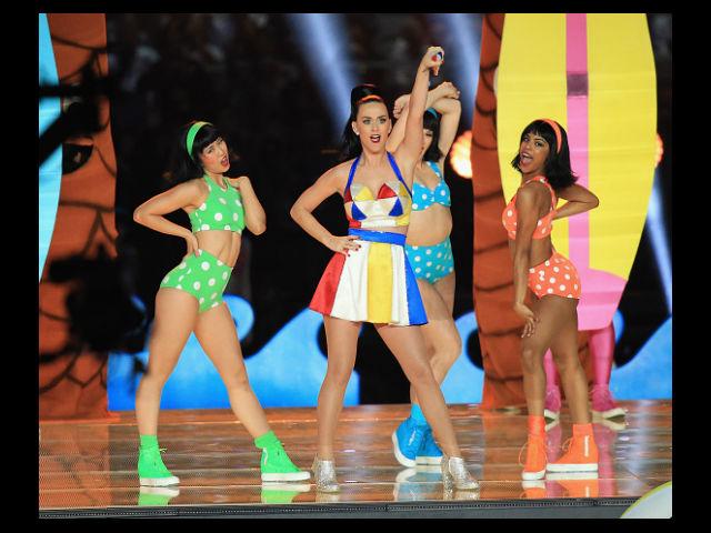 """Katy Perry fue """"el jugador"""" más veloz en el Super Bowl"""