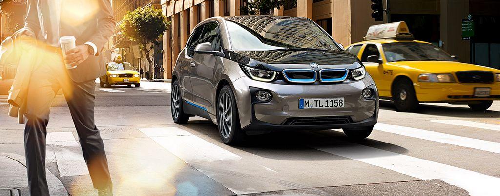 El software ConnectedDrive maneja los sistemas de los BMW, desde frenos hasta el aire acondicionado.