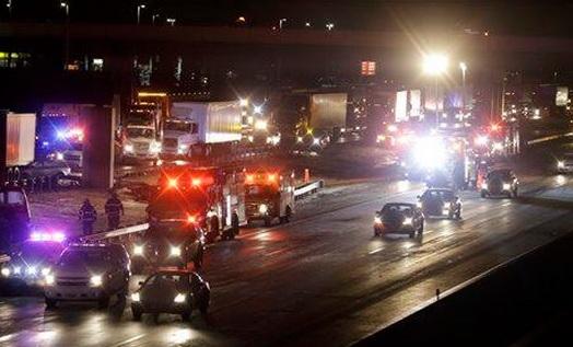 Un muerto y 40 heridos deja choque múltiple en NJ Turnpike