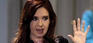 Imputan a presidenta argentina por denuncia de fiscal Nisman antes de morir