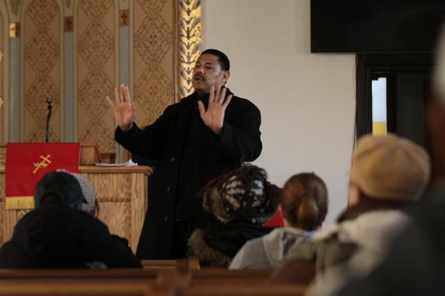 Iglesia hispana impulsa cambios sociales en El Bronx