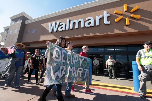 Walmart sube  sueldos en plena mejora del mercado laboral