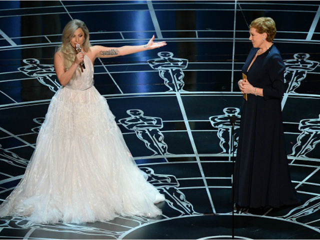Premios Oscar 2015: Lady Gaga y su impecable homenaje a Julie Andrews