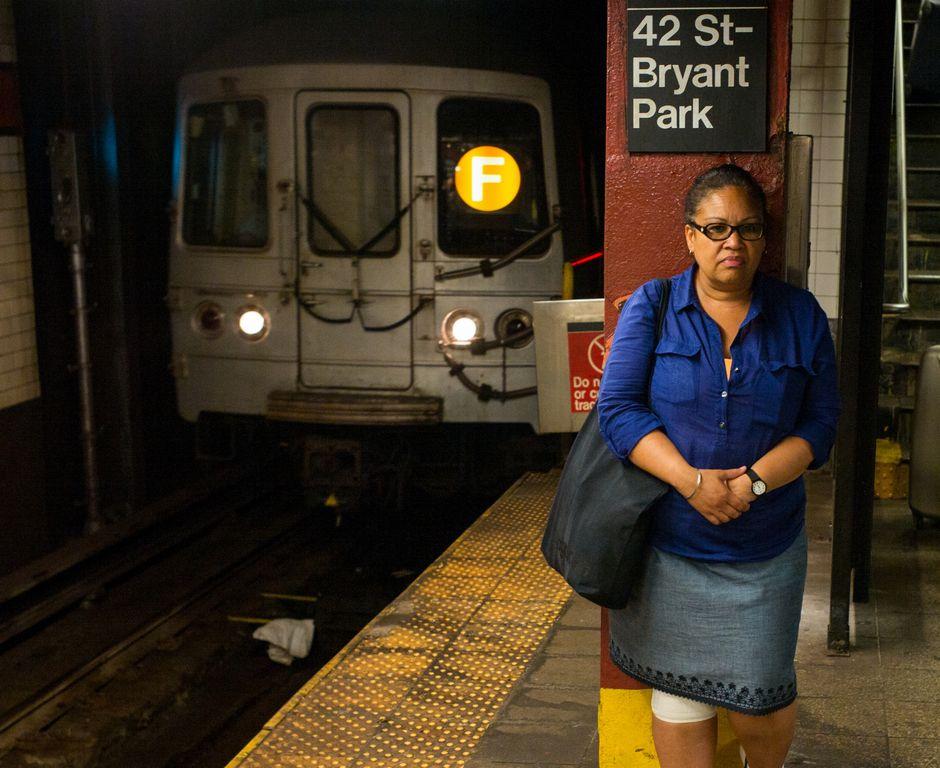 Usuarios del A y F sufren los peores retrasos del metro