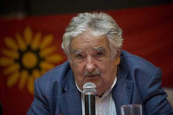 Mujica teme un golpe de estado en Venezuela…pero de la izquierda