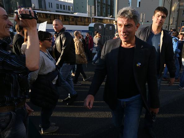 Asesinan a tiros en Moscú al opositor ruso Boris Nemtsov