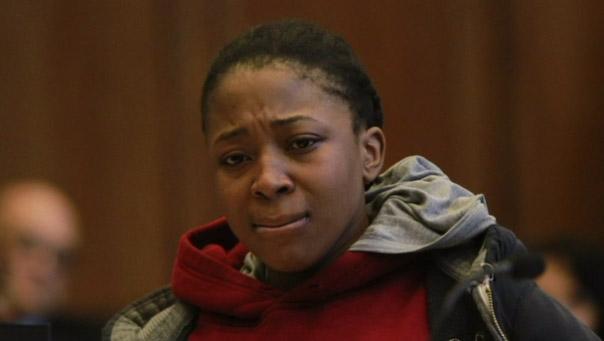 Temen que acusada de matar a correazos a menor se suicide