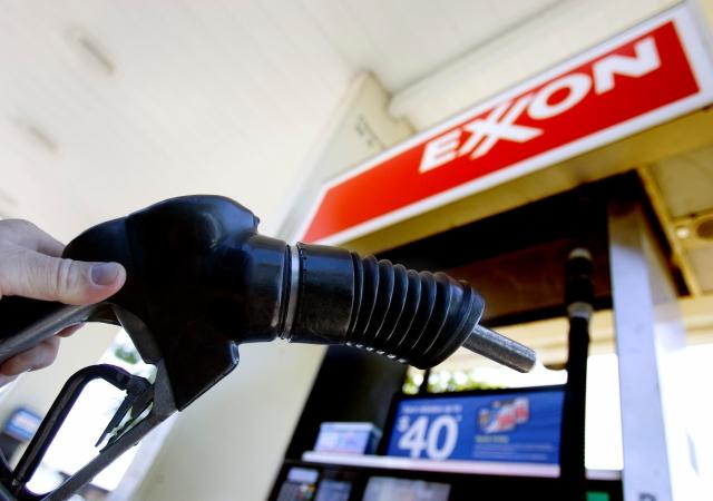 Los engañosos beneficios del petróleo barato