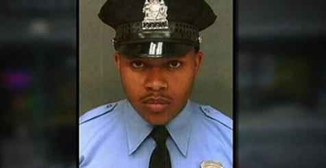 El agente llevaba 8 años en el Departamento de Policía de Filadelfia.