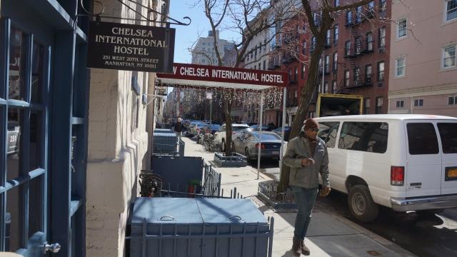 Concejal quiere promover hostales en Nueva York