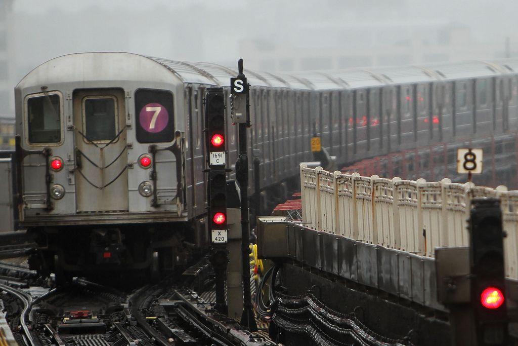 Problemas del tren 7 seguirían hasta el 2017