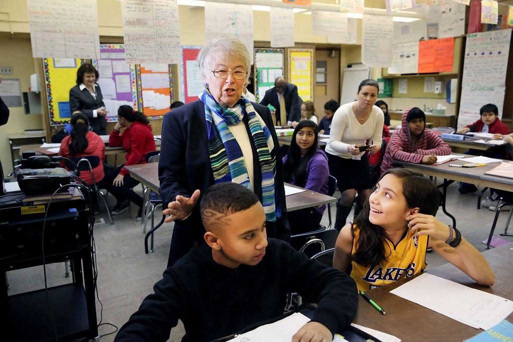 Aumentan las solicitudes de padres para ingresar a Consejos de Educación