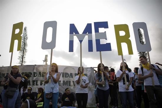 """Hermano de Monseñor Romero lo recuerda como """"santo de los pobres"""""""