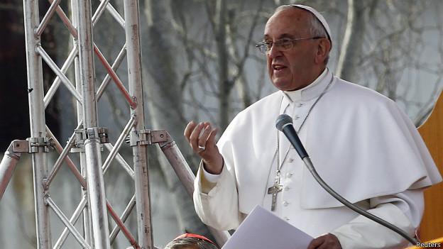 El Papa abre Capilla Sixtina a 150  mendigos